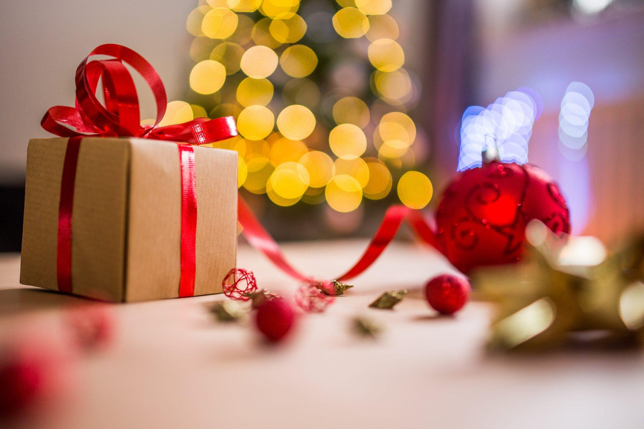 Ajándék a fa alatt